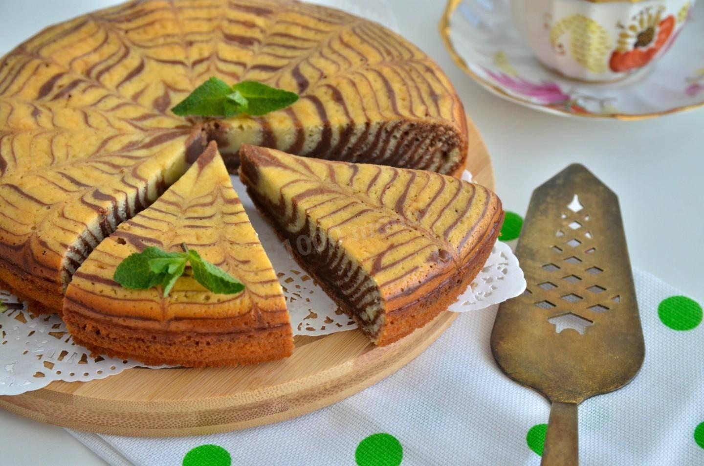 Выпечка на сметане - рецепты пышек, рогаликов, шарлотки, кекса и теста для пирога