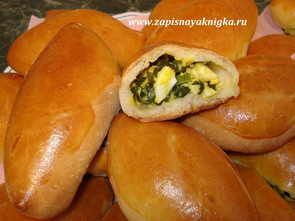Булочки с сыром и зеленым луком