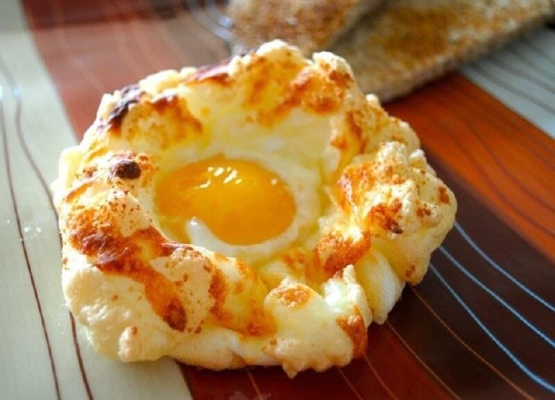 Готовлю яичницу-болтунью 7 раз в неделю на завтрак: родственники меня боготворят