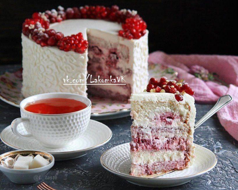 Торт с малиной - рецепты шоколадного, бисквитного, фисташкового и творожного торта