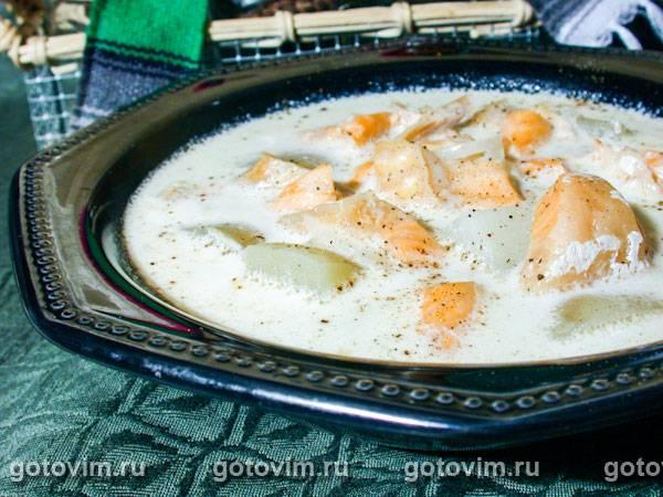 Сырный крем суп с семгой и со сливками