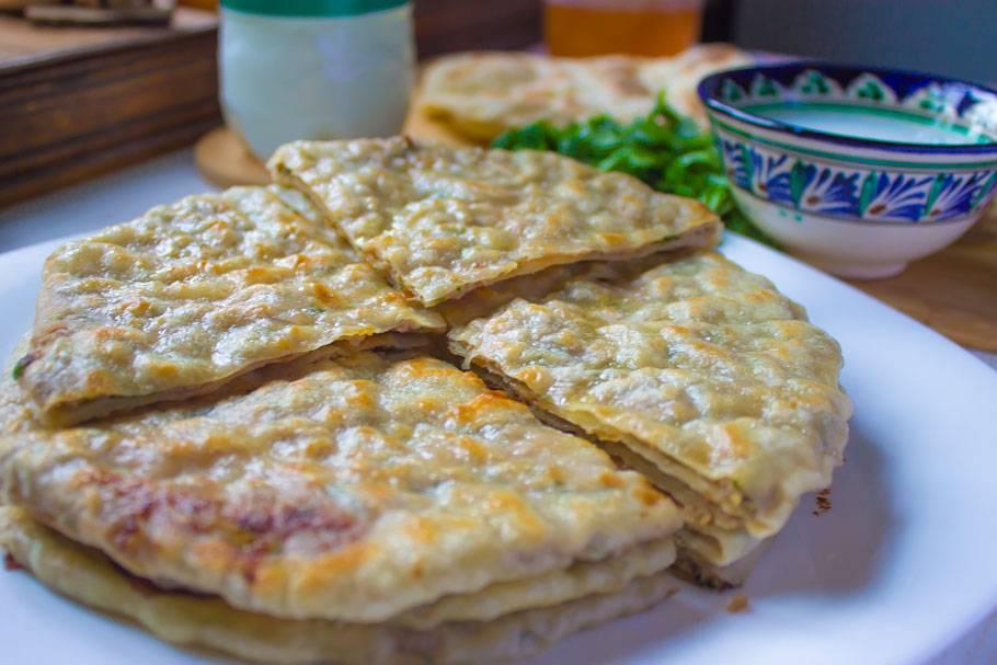 Хычины - рецепты с сыром, картошкой, мясом и творогом. как приготовить тесто и начинки для хычинов?