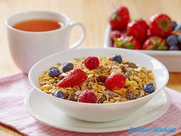 Как кушать мюсли на завтрак