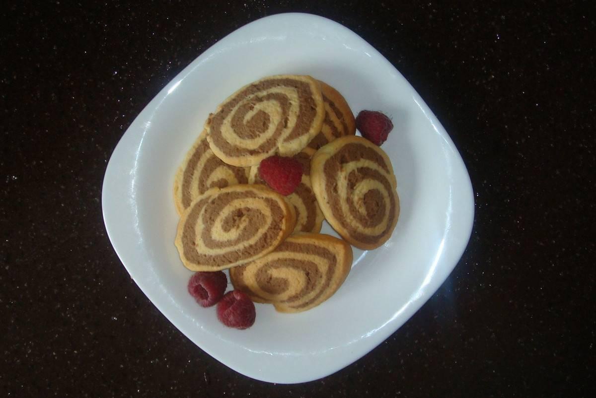 Саксонское двухцветное печенье с какао