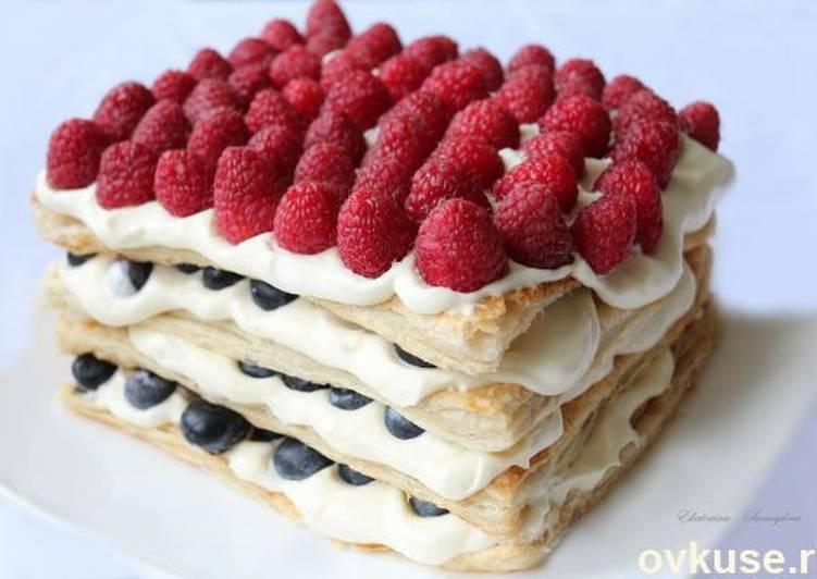 Пирог из слоеного теста с ягодами замороженными » рецепты - готовим дома | «наобед.kz»