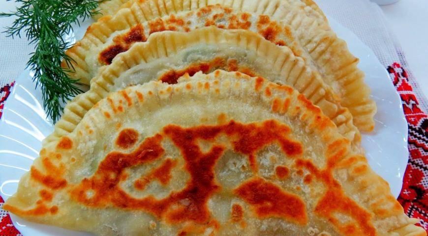 Чебуреки постные с капустой/ рецепт с фото