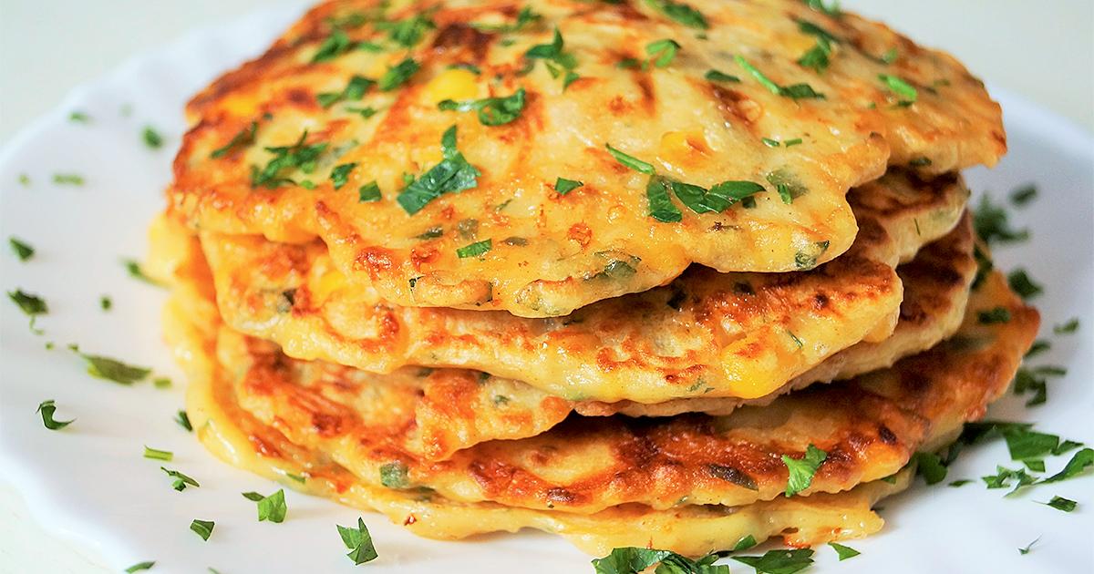 Сырные лепешки на сковороде: 9 рецептов к завтраку |
