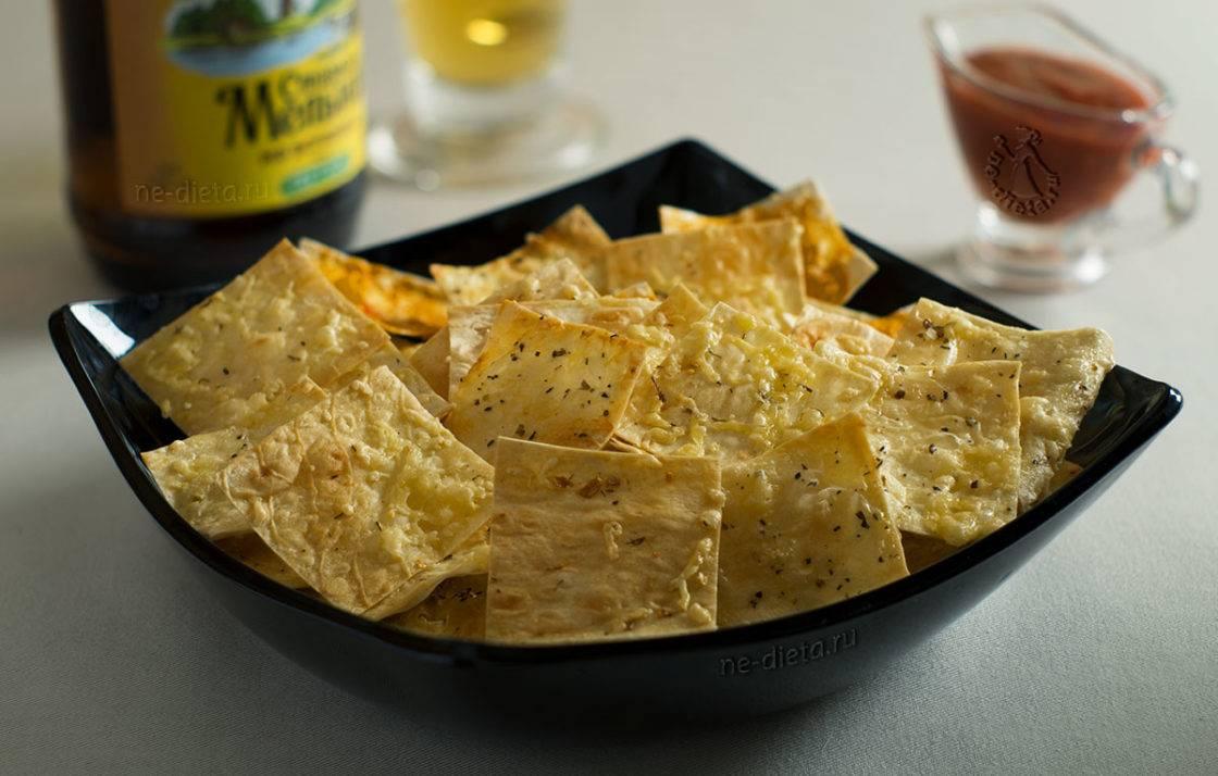 Хрустящие чипсы лаваша на сковороде