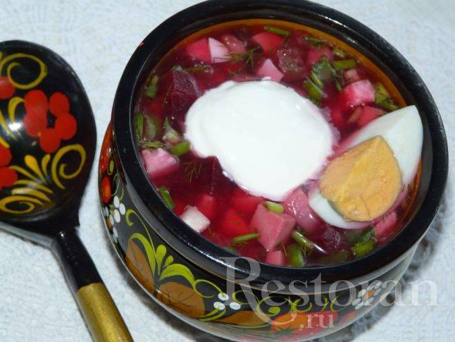 Холодный борщ - рецепты со свеклой, колбасой, кефиром, говядиной и щавелем