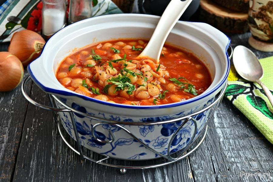 Итальянский томатный суп с картофелем и морковью
