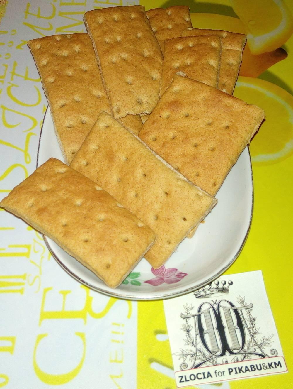 Простые ржаные хлебцы
