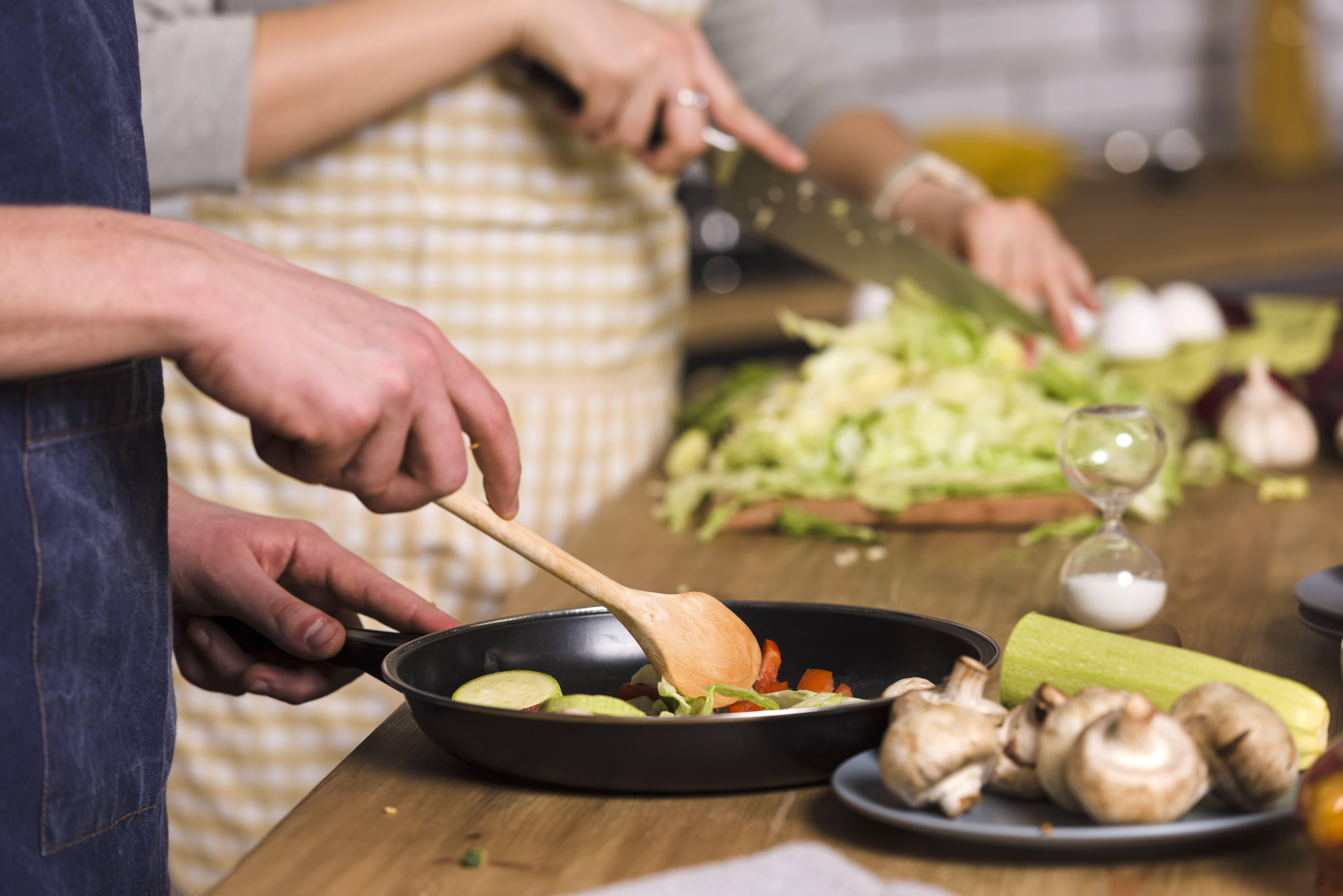 Кабачки в духовке –11 рецептов быстрых и вкусных