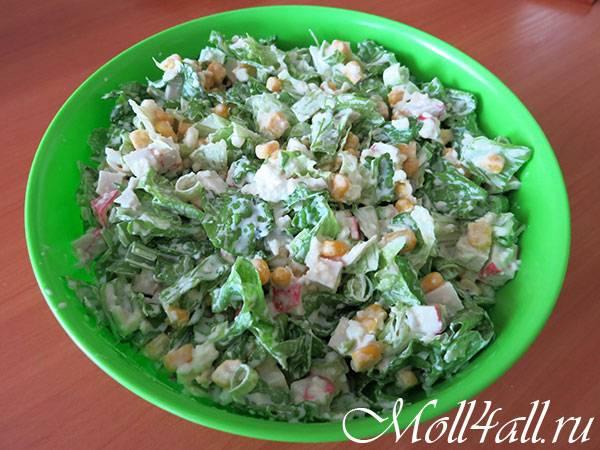Салат с кукурузой консервированной: простые рецепты