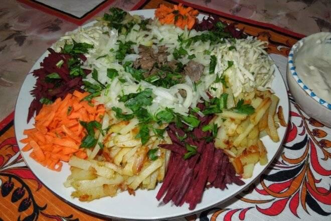 Салат с корейской морковью и яблоком, вкусные рецепты с фото