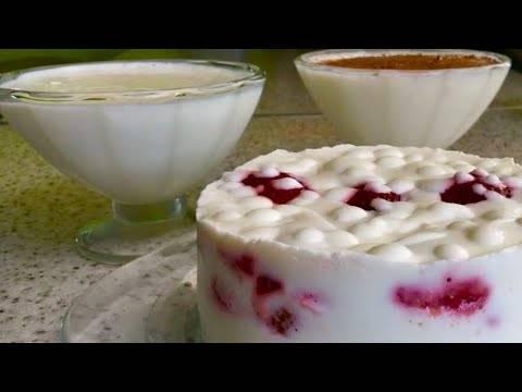 Творожно-сливочный десерт с клубникой