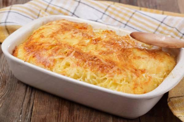 Картофельная запеканка с сыром и сметаной