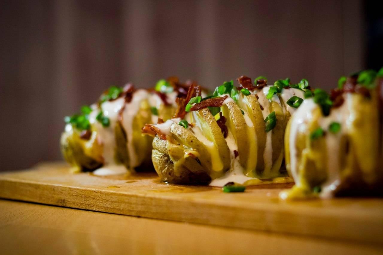Блюда с беконом. рецепты с фото вкусные в духовке, на сковороде, в мультиварке