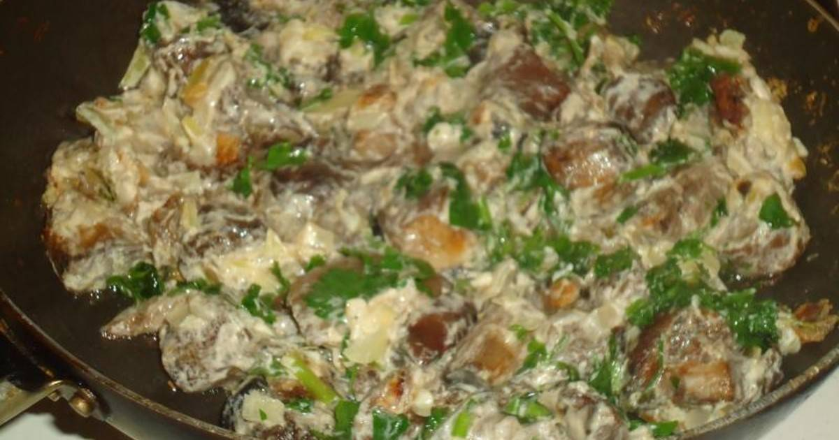 Как жарить белые грибы с картошкой