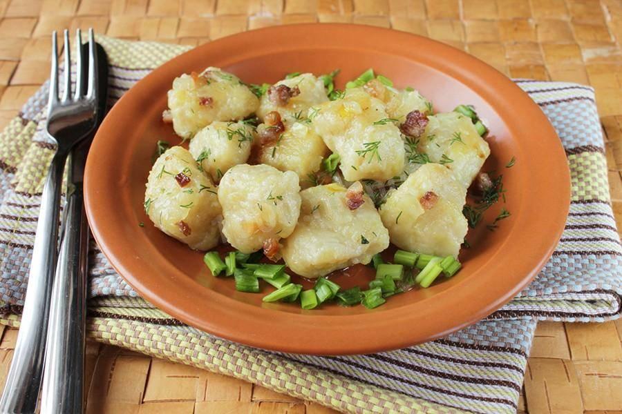 Чешские картофельные кнедлики: простой рецепт