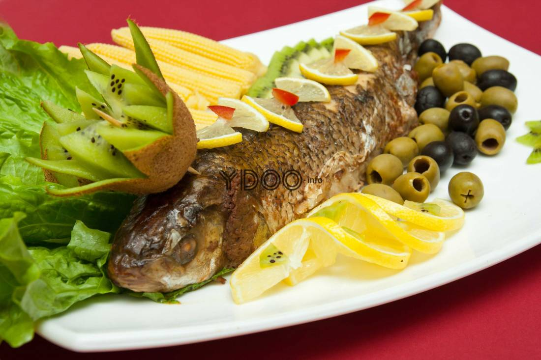 Фаршированная рыба в духовке целиком лявянги