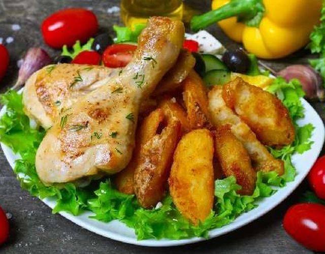 Как запечь курицу с картошкой в мультиварке: 4 рецепта. особенности приготовления - onwomen.ru