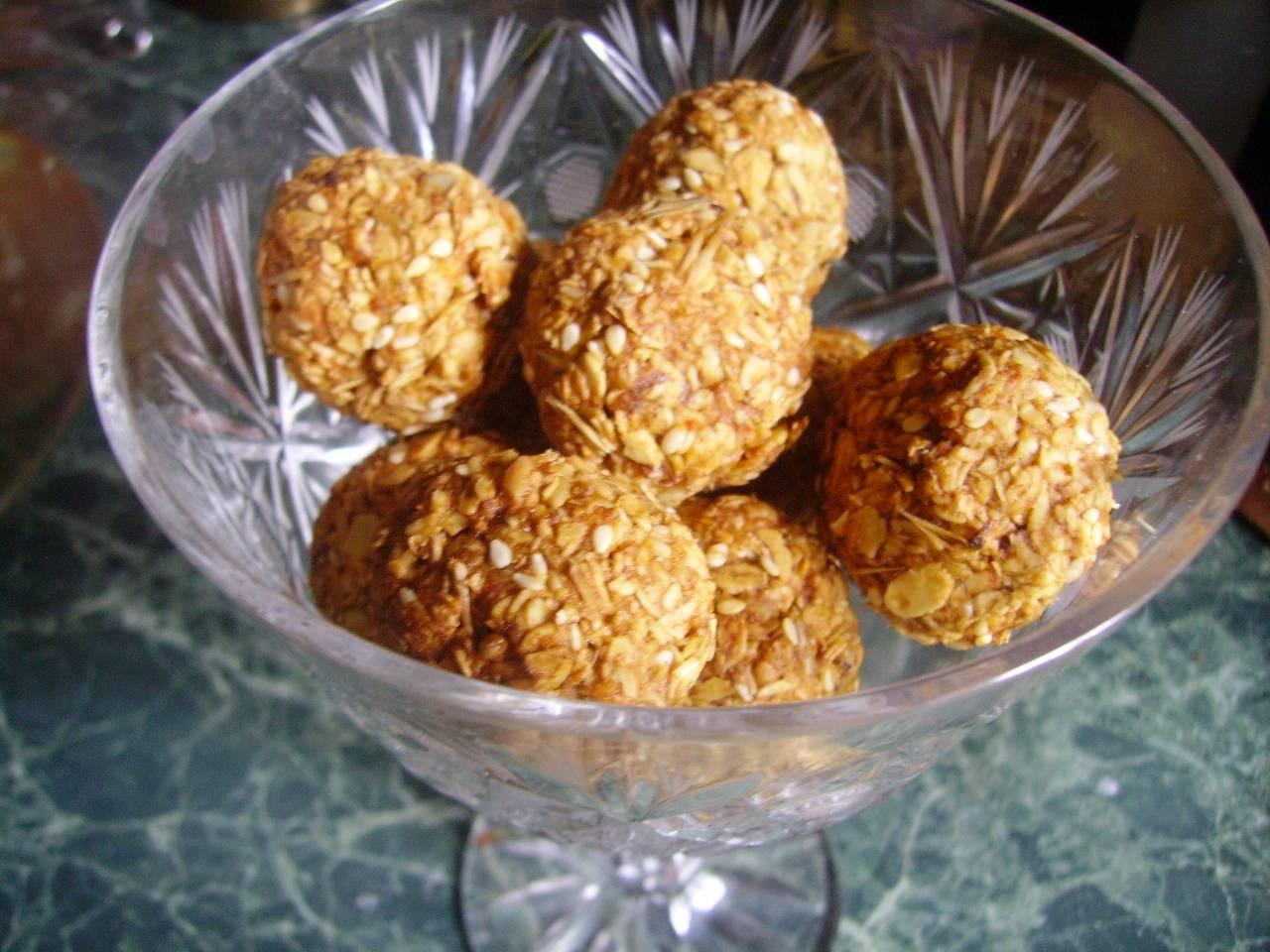 Конфеты с шоколадом – своими руками: вкусно и полезно. 2 рецепта. конфеты своими руками для детей