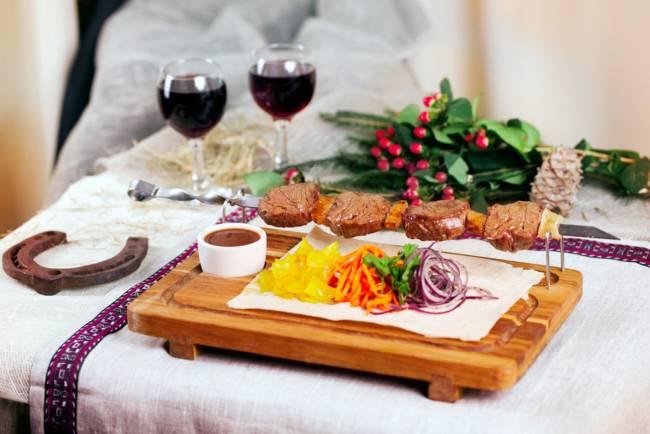 Блюда на пасхальный стол. что приготовить на пасхальный стол — рецепты с фото. как украсить пасхальный стол. сервировка пасхального стола