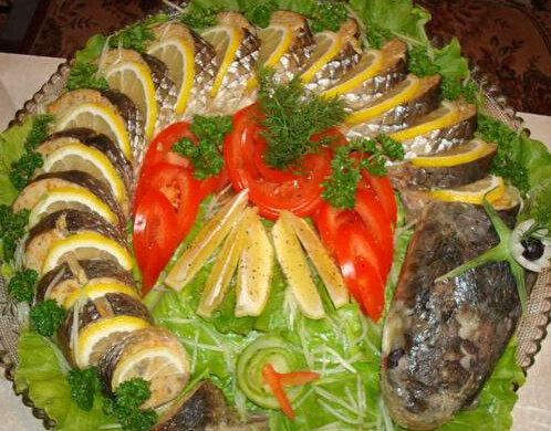 Вкусный запеченный пеленгас с овощами в духовке — простой рецепт