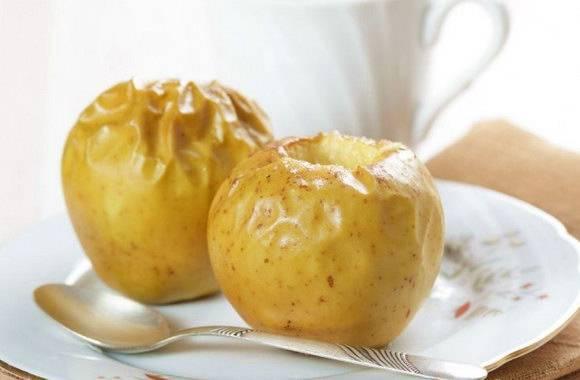 Яблоки с творогом, запеченные в духовке: 6 фото и видео рецептов