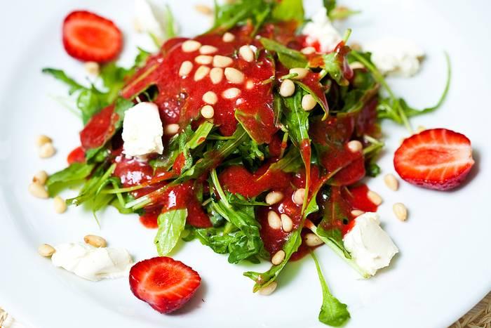Рецепты: полезные заправки для салатов