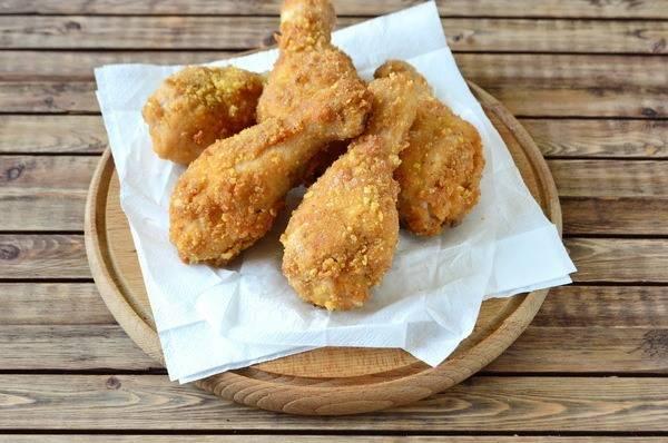 Куриные голени в золотистой панировке