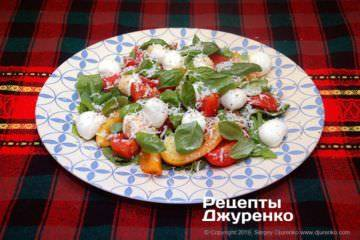 Панцанелла — свежий, хрустящий салат родом из тосканы