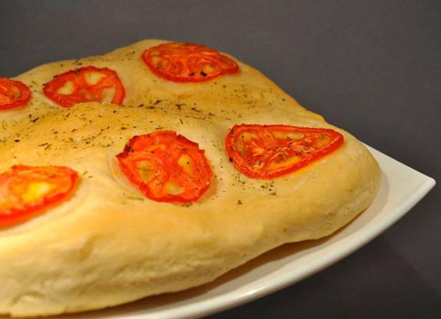 Чесночный хлеб с моцареллой