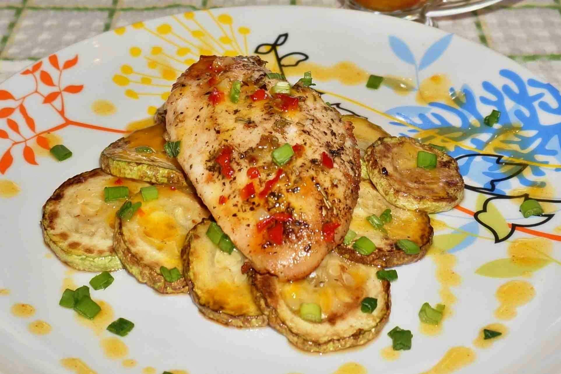 Курица с кабачками и с картошкой и