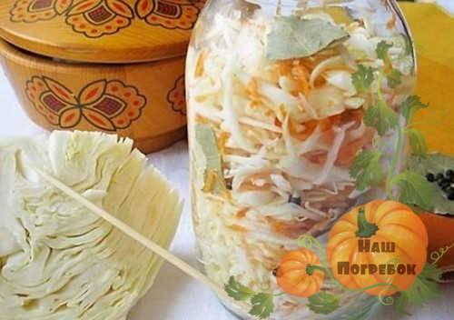 Рецепт маринованной капусты с яблоком