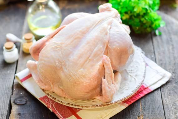 Курица в духовке целиком. рецепт, как приготовить на банке, с хрустящей корочкой, фаршированную, на соли пошагово с фото