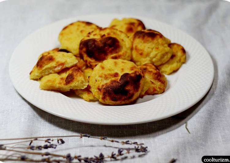 Картофельное печенье с джемом и орехами