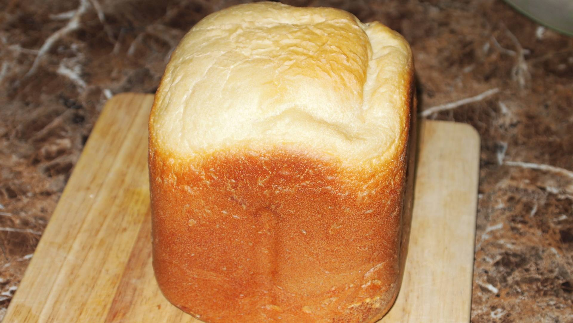 Селянский хлеб на ряженке с семечками