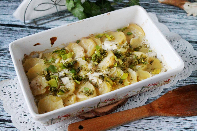 Картофельное пюре с зеленью и сметаной