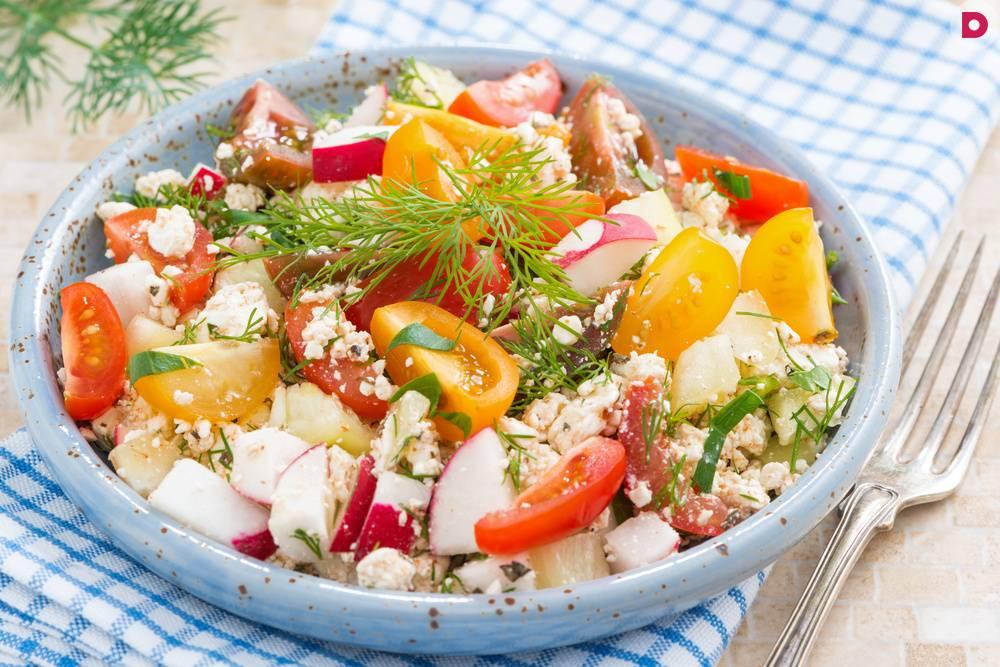 Салат с зерненым творогом