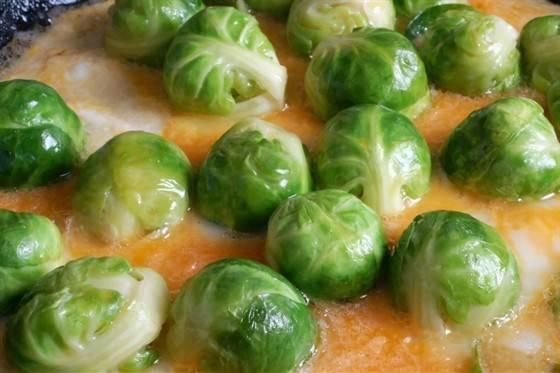 Как правильно готовить замороженную брюссельскую капусту: советы хозяйкам и удивительно вкусные рецепты