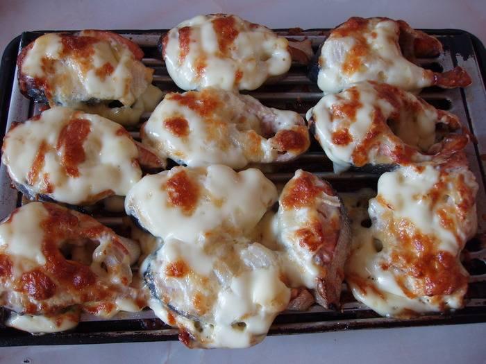 Горбуша в духовке — сочная и вкусная. 8 простых пошаговых рецептов приготовления под сыром и с овощами