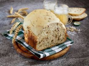 Хлеб на пиве с чесноком