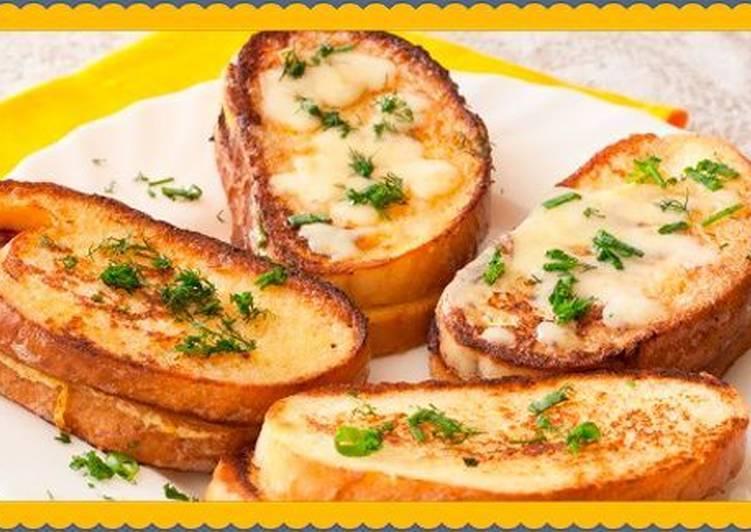 Сухарики в микроволновке - простые и быстрые рецепты приготовления хлебных гренок