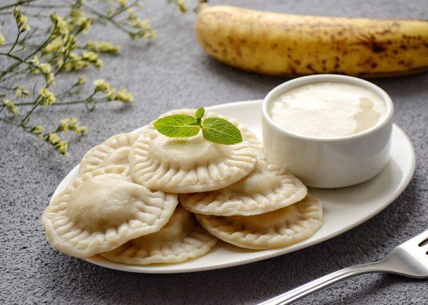 Ленивые вареники с творогом, бананом и тыквой