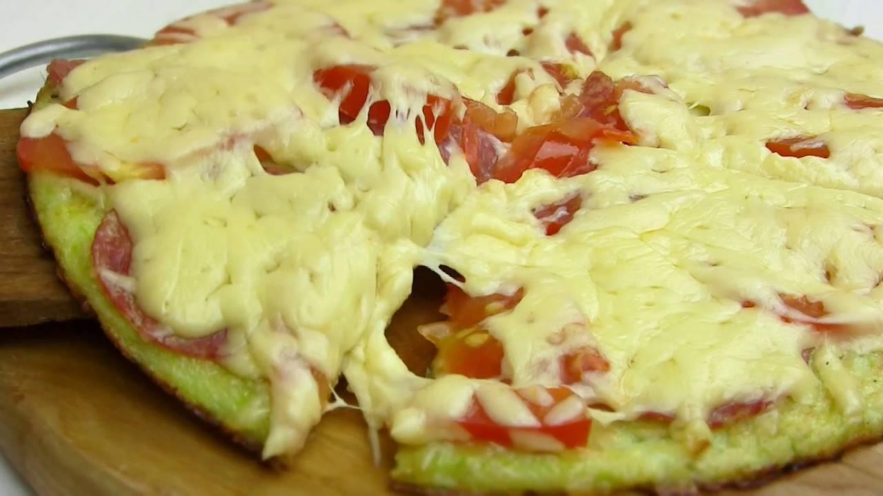Пицца из кабачков на сковороде - рецепты овощного теста, начинки с фаршем, колбасой и помидором