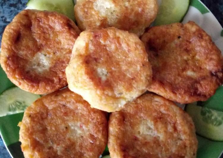 Котлеты из крабовых палочек (с сыром и без): рецепты с фото
