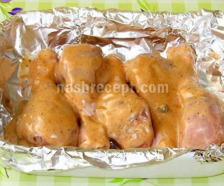 Как вкусно запечь куриные бедра в духовке — пошаговые рецепты