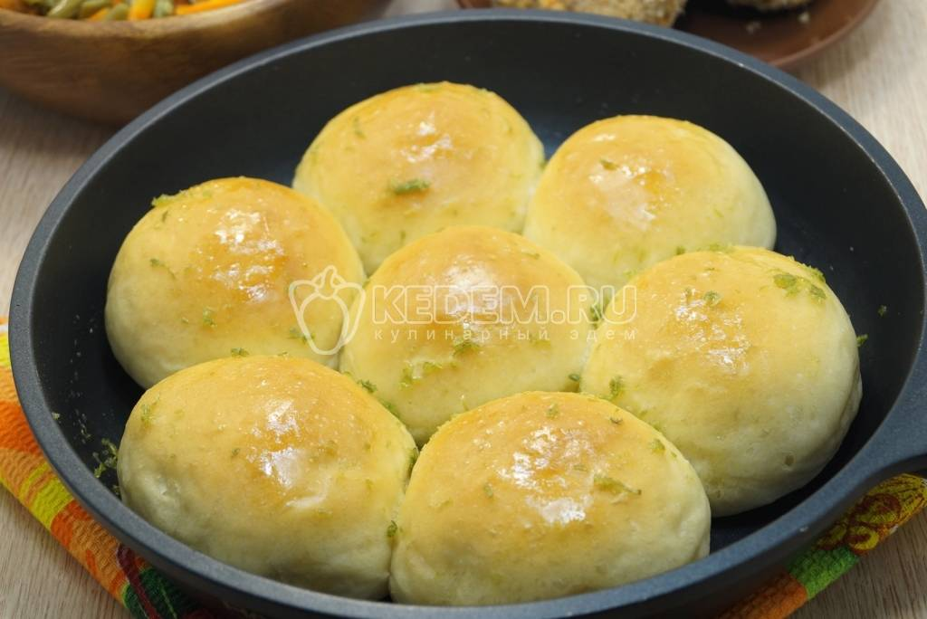 Чесночные булочки – несладкая выпечка к первым блюдам. булочки с чесноком: дрожжевые, слоёные, в виде роллов и другие
