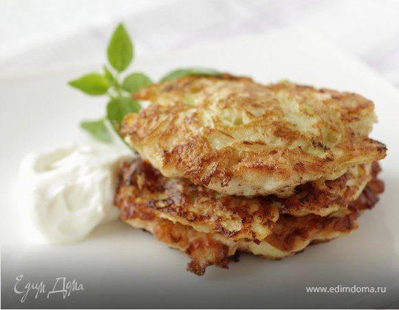 Тушеный картофель с курицей и кабачками — рецепт с фото